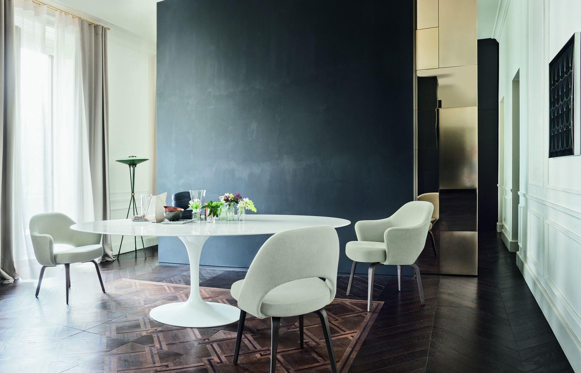 Saarinen Dining Table Studio Italia