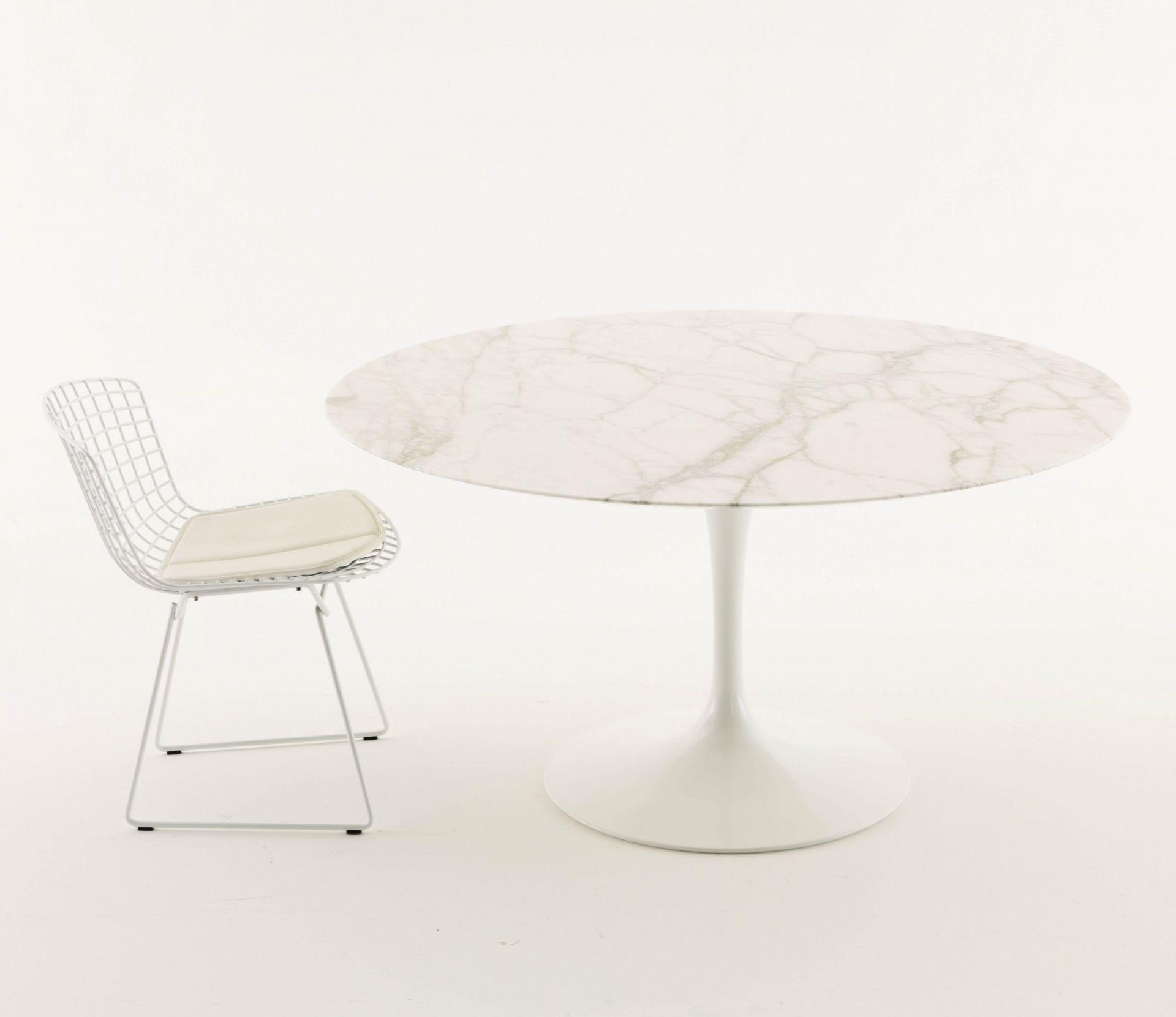 Picture of: Saarinen Dining Table Studio Italia
