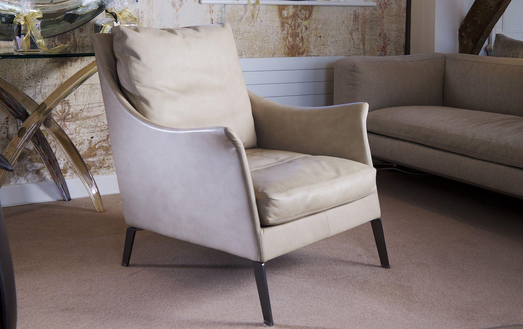 Colombo Divani A Meda boss armchair   studio italia